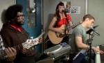 Karmin Performing With The Roots