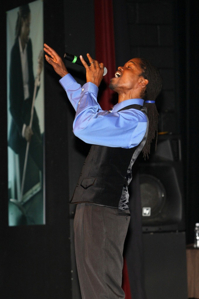 America's Got Talent 2011 Winner,Landau